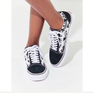 f08ffe52b462 ... NWT Vans Old Skool Skulls Skate Shoe W 7